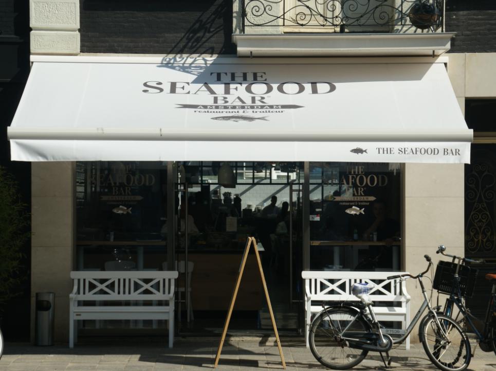 Revolution air for Seafood bar van baerlestraat